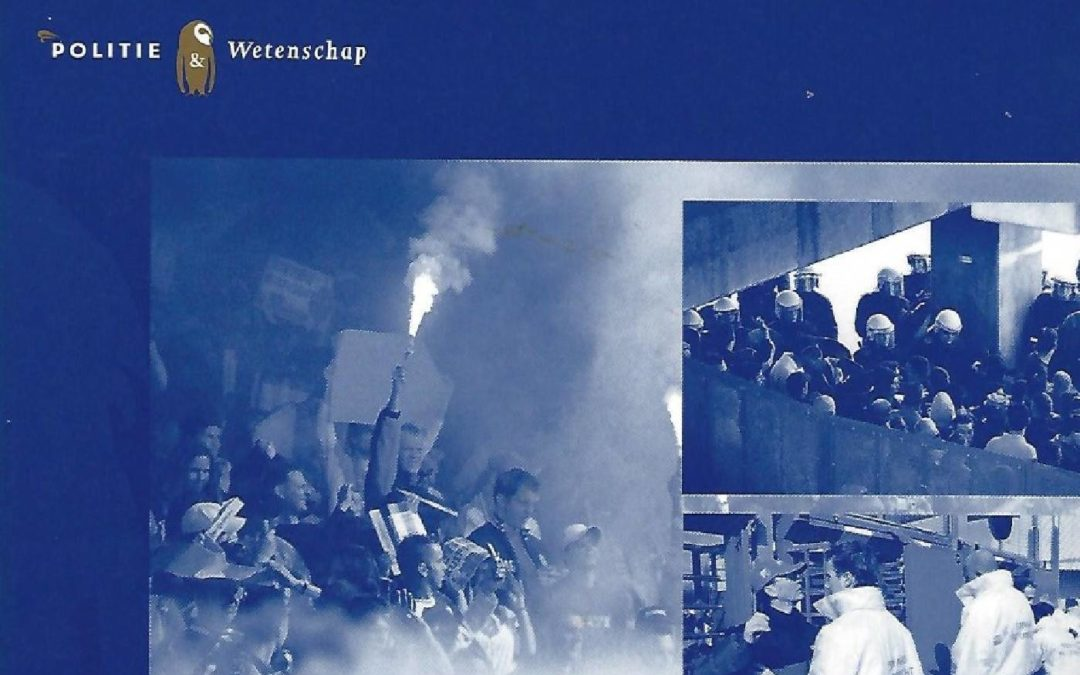 """""""Hoeveel wordt het vandaag?"""": Een studie naar de kans op voetbalgeweld en het veiligheidsbeleid bij voetbalwedstrijden (met R.F.J. Spaaij), Den Haag, Elsevier, Politie & Wetenschap, 2007."""