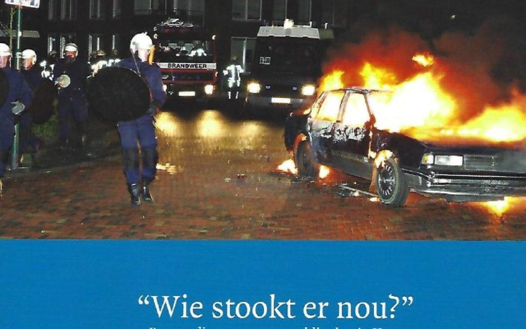 """""""Wie stookt er nou?"""": Een studie naar ongeregeldheden in Veen , Den Haag, Elsevier Overheid, 2005."""