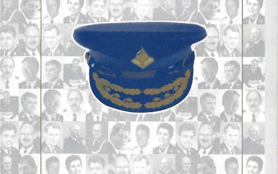 Blauwe Bazen: Het leiderschap van korpschefs (met R.A. Boin en P. 't Hart), Zeist, Kerckebosch, 2003.